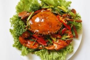 Ăn hải sản ngon mà ra biển Hải Hòa